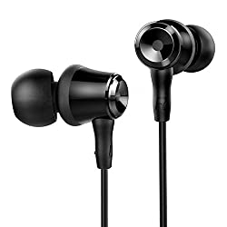 Earphones Are A Great Gift Idea For People In Unofficial Relationships