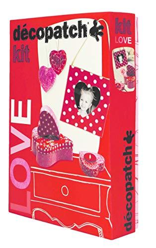 Décopatch KIT014O - Un kit Love comprenant 2 boites, un cadre, un bougeoir et des cœurs à suspendre en papier pulpé brun, 4 feuilles Décopatch, un pinceau et un pot de vernis colle