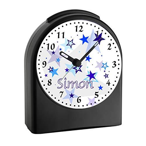 CreaDesign, WU-50-1030-01, Sterne Farbe Blau, analog Kinderwecker schwarz, Funkwecker ohne Ticken, mit Licht, personalisiert mit Namen, 9,6 x 5,5 x 11,9 cm, 104 g