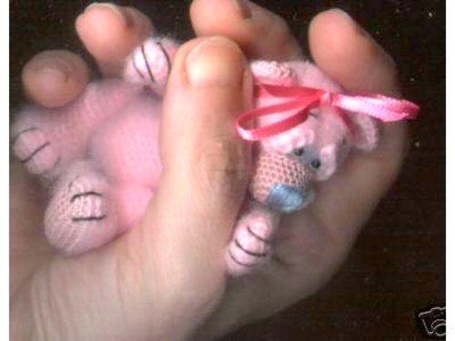 Bombon Mini Thread Crochet Bear PATTERN (English Edition)