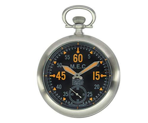 Reloj de bolsillo militar con movimiento mecánico de carga manual.