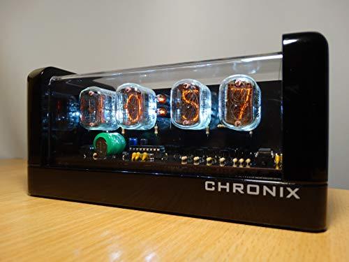 CHRONIX Vintage Nixie Tube Uhr mit 4 x IN-12 Displays & Wecker, weiße Hintergrundbeleuchtung & schwarzes Hochglanz-Holzgehäuse