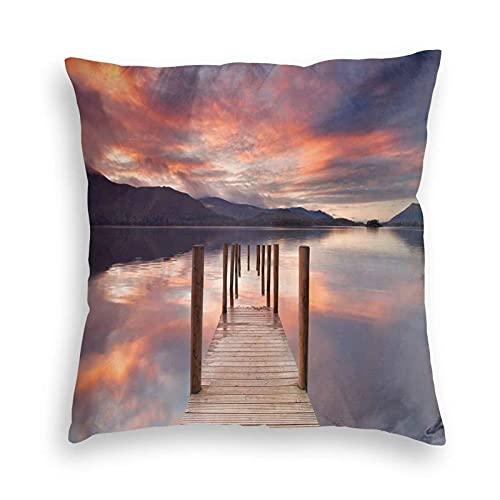 Funda de almohada, un embarcadero inundado en Derwent Water Lake District Inglaterra Sunset Morning PhotoPolyester Fundas de cojín para sofá / dormitorio / coche / sala de estar Funda de almohada de 1
