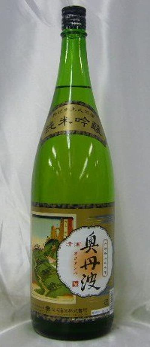 形状スラダムマニアック山名酒造 奥丹波 純米吟醸 1800ml瓶