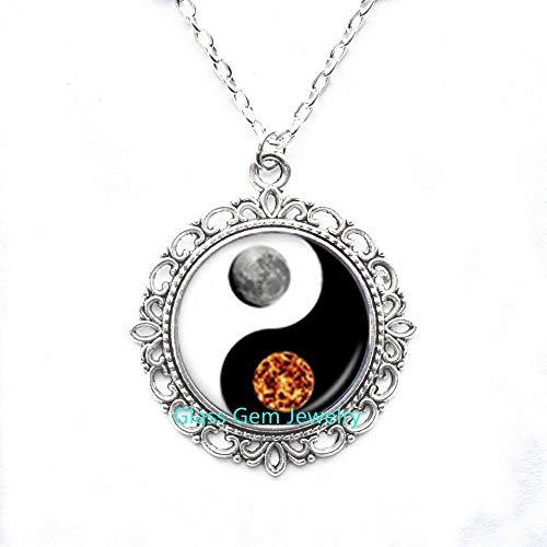 Yin Yang Q0244 - Collar con colgante de sol y luna para mujeres y hombres
