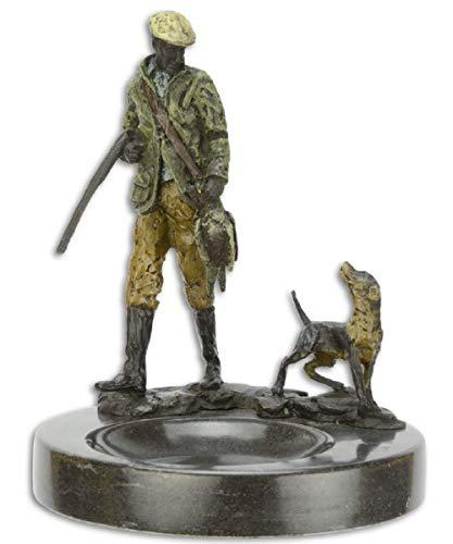 Casa Padrino Aschenbecher mit dekorativen Bronzefiguren Jäger und Hund Mehrfarbig/Schwarz Ø 12,9 x H. 15,8 cm - Deko Accessoires