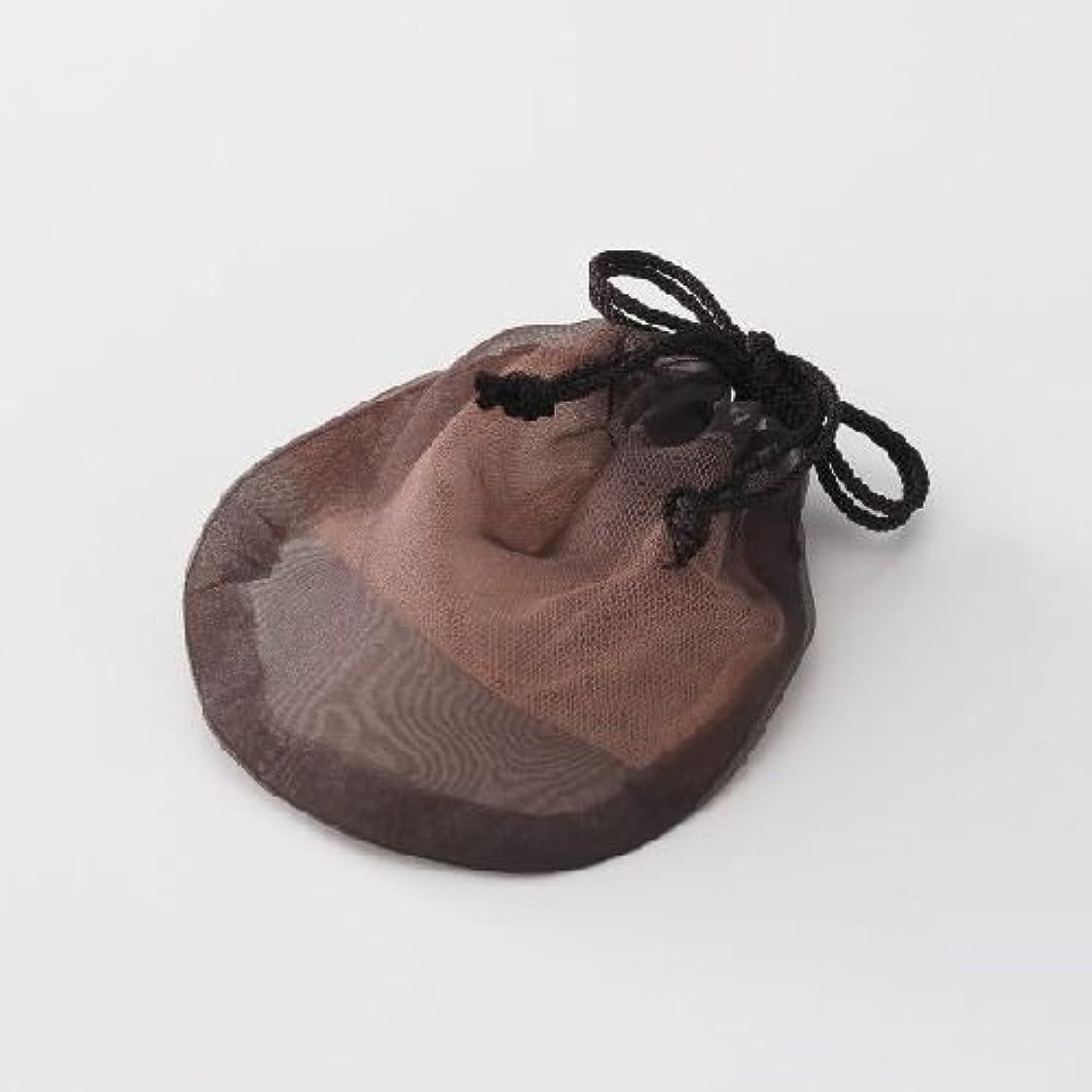カカドゥヒューバートハドソン毛布ピギーバックス ソープネット 瞬時にマシュマロのようなお肌に負担をかけないキメ細かな泡をつくることができるオシャレなポーチ型オリジナル【泡だてネット】!衛生的に固形石鹸の保存もできます。
