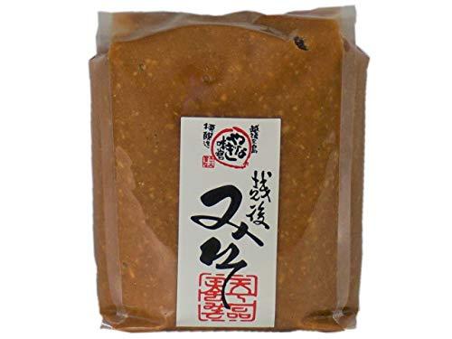 こうじ粒があるため味噌解けがよく、香りのよいチョット辛口のお味噌 【越後みそ(赤) 1kg入り×1袋】