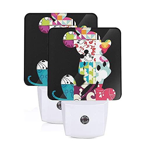 Mickey Mouse - Lámpara de noche con sensor inteligente de atardecer a amanecer con luz blanca fría para baño, pasillo, dormitorio, habitación de los niños, cocina, escalera, paquete de 2