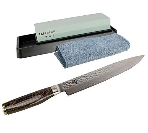 Kai Shun Tim Mälzer Bundle TDM-1704 - Cuchillo jamonero de 32 capas, hoja de 24 cm, acero de Damasco + piedra de afilar Kai AP-0305 con grano 400/1000 y gamuza de limpieza premium
