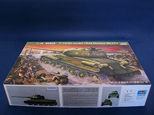 Trumpeter 00902 - Modellino carro Armato T-34/85 del 1944 Numero di Montaggio 183, Scala 1:16