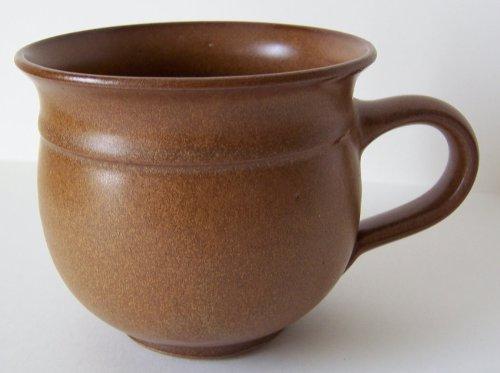 Töpferei Annett Fischer T3 Tasse handgetöpfert braun Durchmesser 9 cm Höhe 8 cm Volumen 210 ml