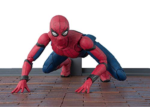 Bandai Spider-Man 55608-Spider-Man Homecoming with Wall-Sh Figuarts, 18 cm, 18658