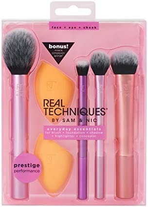 Real Techniques Makeup Brush Set with 2 Sponge Blenders for Eyeshadow Foundation Blush and Concealer product image
