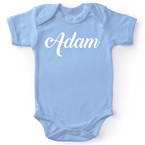 Body bébé manches courtes Garçon Bleu parodie Prénom - - Body bébé Adam - Cadeau de naissance idéal - Body bleu ciel avec prénom imprimé (Body bébé de qualité supérieure de taille 3 mois - imprimé e