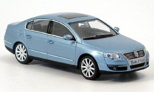 VW Passat (B6), met.-hellblau, 2005, Modellauto, Fertigmodell, Minichamps 1:43