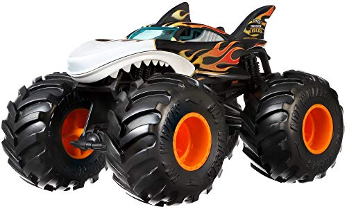 Mattel Hot Wheels-Monster Trucks Vehículo Shark Wreak 1:24, Coches de Juguetes niños +3 años, Multicolor GCX13