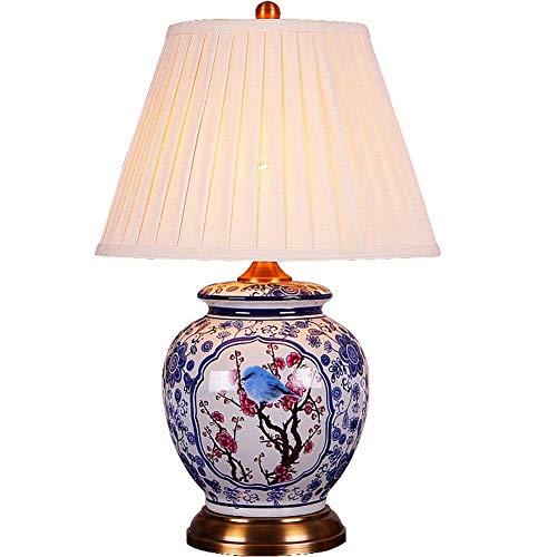 Schemerlamp nachtkastje lampen Moderne Chinese Table Lamp Slaapkamer Nachtlampjes Copper Base Fabric Lampenkap Ceramic Table Lamp Decoratie Personality Blauwe en Witte Bloem En Vogel Dimming Switch Tr