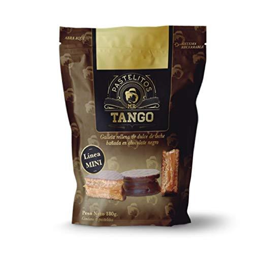 Tango- MINI Alfajor de Chocolate Negro- Galleta rellena de Dulce de Leche Bañada en Chocolate Negro- Producto Argentino-Bolsa de 6 Unidades - 210 Gramos
