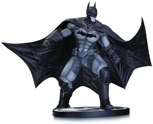 DC Collectibles Batman schwarz and Weiß  Arkham Origins Statue by Diamond Comic Distributors