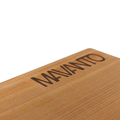41RLvsZao5L - MAVANTO® XXL Grillbretter Räucherbretter - Kanadisches Zedernholzbrett zum Grillen - EXTRA DICK (30x14x1,5cm) langlebig & wiederverwendbar (6er Set)