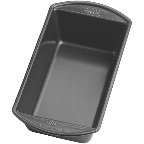 Wilton Perfect Results Large Nonstick Loaf Pan, 9.25 by 5.25-Inch, Silver