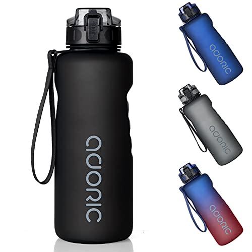 Adoric Trinkflasche Auslaufsicher Wasserflasche 1,5L BPA Frei Große Sportflasche aus Tritan Leicht Nachhaltig für Sport, Fitness, Fahrrad, Outdoor , Wandern, Yoga, Gym