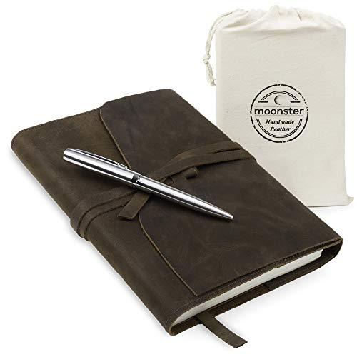 Moonster Nachfüllbares Leder Tagebuch für Erwachsene - Geschenkset mit Luxus Stift - Handgefertigtes Ledergebundenes Notizbuch A5 - Perfektes Notizbuch Leder für Reisen und zum Schreiben Unterwegs