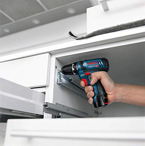 Bosch Professional 12V System perceuse-visseuse sans-fil GSR 12V-15 (avec 2 batteries 2,0 Ah, chargeur GAL 12V-20, set d'accessoires 39 pièces, dans sac) - Édition Amazon
