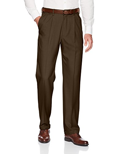 Haggar Men's Premium Comfort Classic Fit Pleat Expandable...