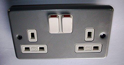 MK Metalclad Plus K2946 ALM 13 amp 2-Gang Double-Pole Switch Socket
