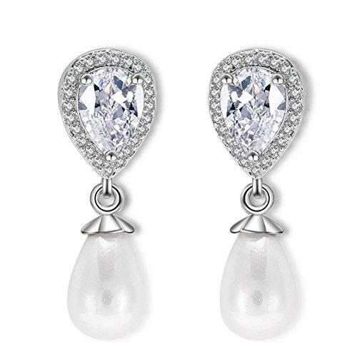 Hanie Pendientes colgantes de perlas de imitación en forma de lágrima con cristal de pera blanco