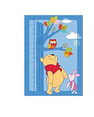 kompatibel mit Winnie the Pooh mit Ferkelchen Ferkel Eule Owl Baum und Meterstab Messlatte Teppich Kinderteppich Kinder Teppich Spielteppich Winnie the Puuh 95 x 133 cm ein muss für jeden Fan und darf in keinem Kinderzimmer fehlen