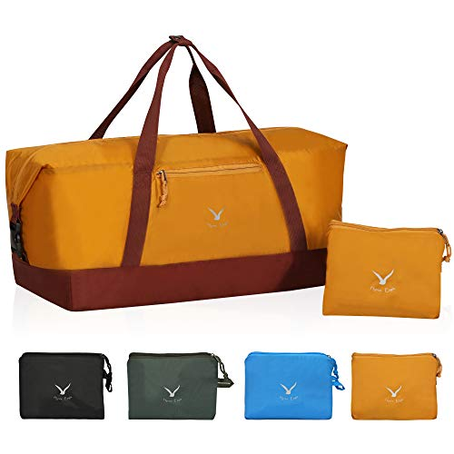 Hynes Eagle 35L Travel Duffel Bag Foldable Sports Duffels Gym Bag Outdoor Weekender Bag for Men and Women Khaki
