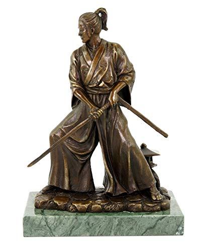 Samurai mit Schwert in Bronze - Limitierte Bronzestatue - signiert Milo - nummerierte Skulptur - Asiatischer Krieger - Höhe 23 cm - Japanische Bronzefigur auf Mamorsockel