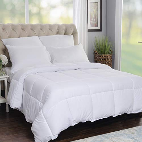 SUPERIOR Down Alternative Comforter - Baffle Box Construction, Medium...