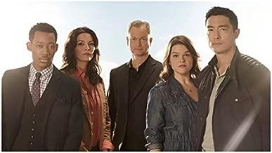 Criminal Minds: Beyond Borders (TV Series 2016 - ) 8 inch x10 inch Photo Gary Sinise & Cast Blue Sky & Sunshine kn