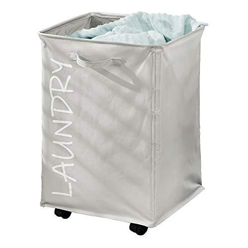 mDesign Wäschekorb mit Rollen – faltbarer Wäschewagen aus Polyester – großzügiger Wäschesammler mit Tunnelzug und stilvollem Druck – grau und weiß