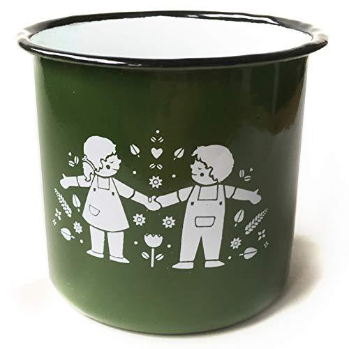 Eine der Guten Emaille Tasse für Kinder und Erwachsene, Design Sommerkinder, 350 ml, grün weiß, Kindertasse mit Retro Illustration, auch als Kaffeetasse, Campingtasse & Glühweintasse