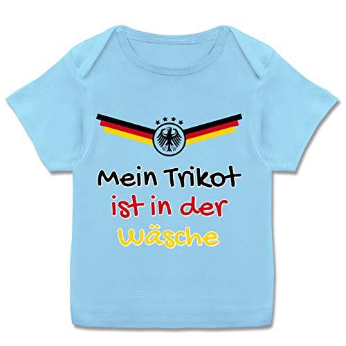 Fußball-Europameisterschaft 2020 - Baby - Mein Trikot ist in der Wäsche Deutschland - 56-62 - Babyblau - Deutschland Trikot 86 - E110B - Kurzarm Baby-Shirt für Jungen und Mädchen in verschiedenen