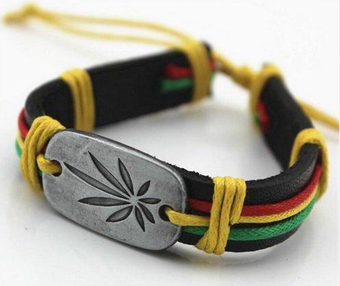 Familienkalender Jamaika Hanf Cannabis Leder Armband   Geschenk für Männer   Gras   Plantage   Lederarmband