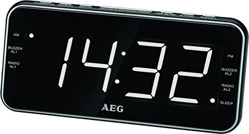 AEG MRC 4157 Uhrenradio USB-Anschluss, AUX-IN, Kopfhöreranschluss, Display dimmbar, 40 Stationsspeicher, Wandmontage möglich schwarz