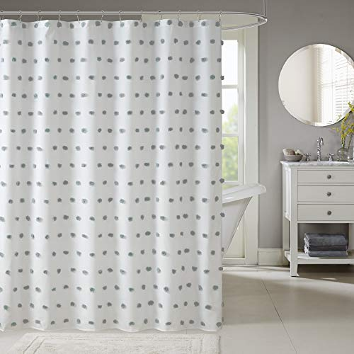 Madison Park Sophie Polka Dots Duschvorhang, Textur-Design, Pompom-Büschel, weich, trendig, Badezimmer-Dekor, maschinenwaschbar, Badewannenstoff, Sichtschutz, 183 x 183 cm, blau/weiß