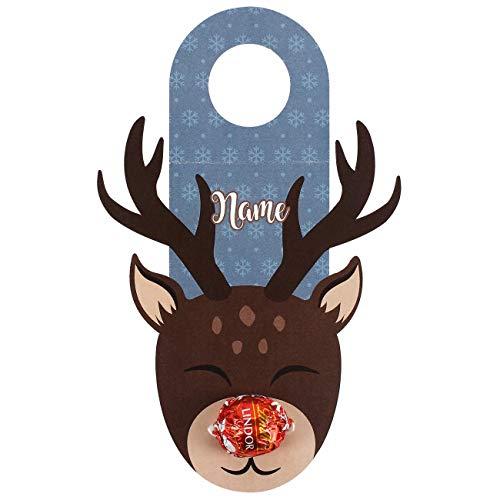 Herz & Heim® Flaschenanhänger zu Weihnachten - Rentier mit Schokoladen Kugel als Nase und Aufdruck des Wunschnamen
