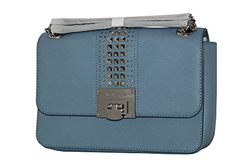 """9.5""""X6""""X2"""" Shoulder strap can be used as double and single. One main compartment with slip pocket and zip pocket. Studded, leather, signature lining. Back slip pocket. AUTHENTIC"""
