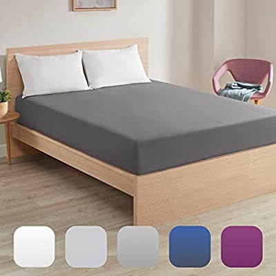 Fitted Sheets Full Size, Gray | Extremely Soft Brushed Microfiber Blend - 360 Elastic Band Bottom Keeps Sheet Secure Even in Heavy Movement | Wrinkle, Shrinking & Color Fade Resistant