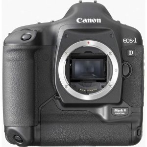 Canon eos-1d mark ii 8. 2mp digital slr camera (body only)