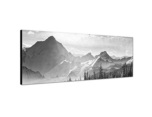 Augenblicke Wandbilder Keilrahmenbild Panoramabild SCHWARZ/Weiss 150x50cm Berge Wald Schnee Wolken Sonnenstrahlen