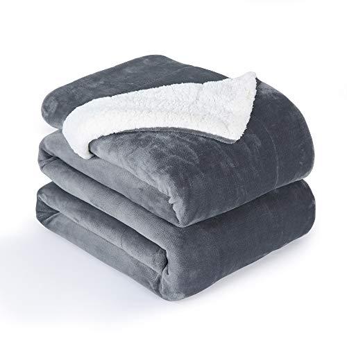 VOTOWN HOME Sherpa Decke Dunkel Grau weich Wohndecke 220x240 cm, Doppelschicht warm flaushig Fleecedecke als Wohndecke/Sofadecke, Flanell Mikrofaser-Flausch Decke für Bett oder Couch