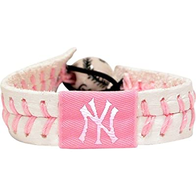 GameWear MLB Unisex-Adult Baseball Bracelet